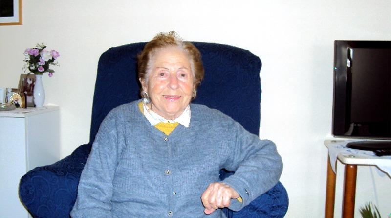 La signora Maria Orrù, ostetrica a Villaspeciosa