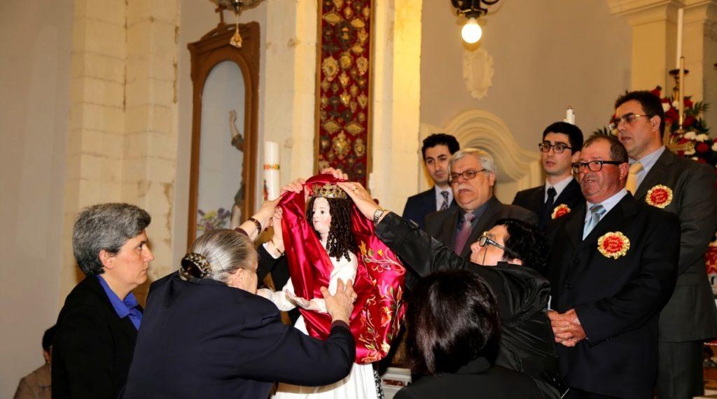 L'incoronazione di Santa Greca (foto Tomaso Fenu)