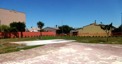La nuova piazza in via Friuli a Decimomannu (foto Mare)