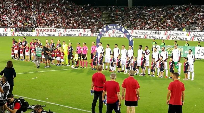 Cagliari e Milan schierate in campo