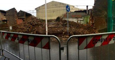 La casa campidanese crollata in via Vittorio Emanuele (foto Anna Luisa Salis)