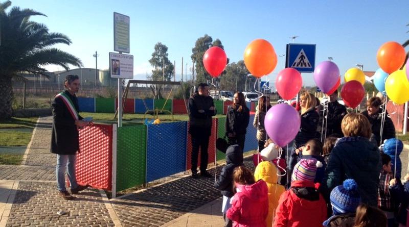 """Il sindaco Mario Puddu inaugura il nuovo parco """"Don Bosco"""" (foto Alberto Nioi)"""