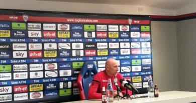 L'allenatore del Cagliari Rolando Maran