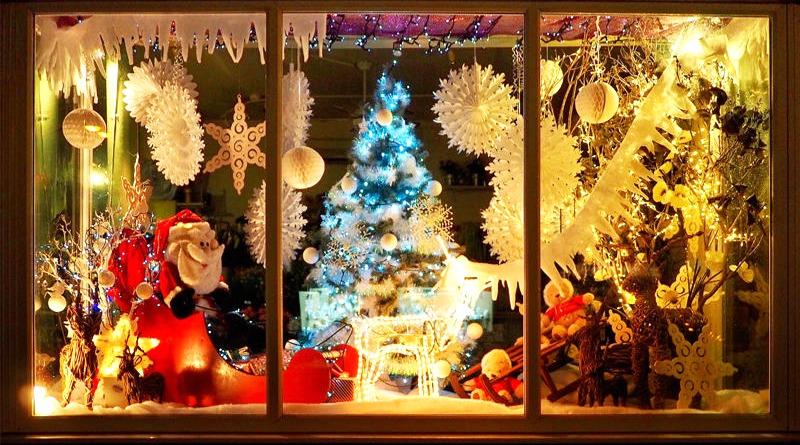 Vetrine Di Natale.Assemini Concorso Balconi Vetrine Di Natale