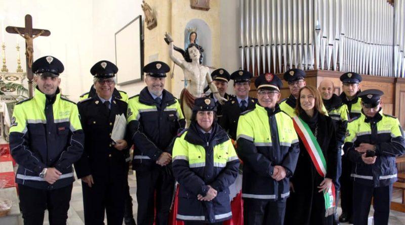 Gli agenti della Polizia locale con la sindaca Licheri