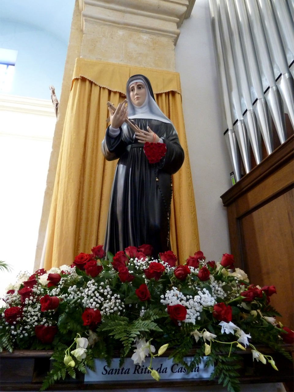La statua di Santa Rita donata agli asseminesi dalla comunità di Cascia