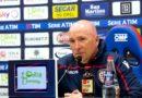 L'allenatore del Cagliari Rolando Maran alla vigilia di Cagliari-Frosinone (foto Paolo Mastrangelo - Cagliari Calcio)
