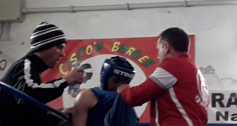 I tecnici Batzella e Melis assistono Roberto Filippino durante l'incontro ai Campionati regionali