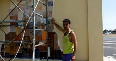"""Il murale <i>""""L'albero della vita""""</i> di Davide Falchi valorizzerà l'ingresso di Decimomannu"""
