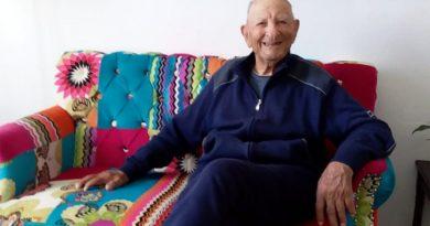 Villaspeciosa. Antonio Addari, cento anni e non sentirli