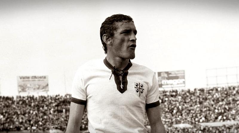 Gigi Riva allo stadio Amsicora di Cagliari