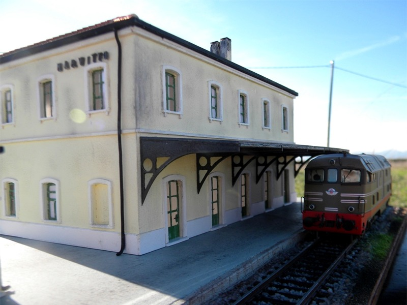 La riproduzione di una stazione ferroviaria