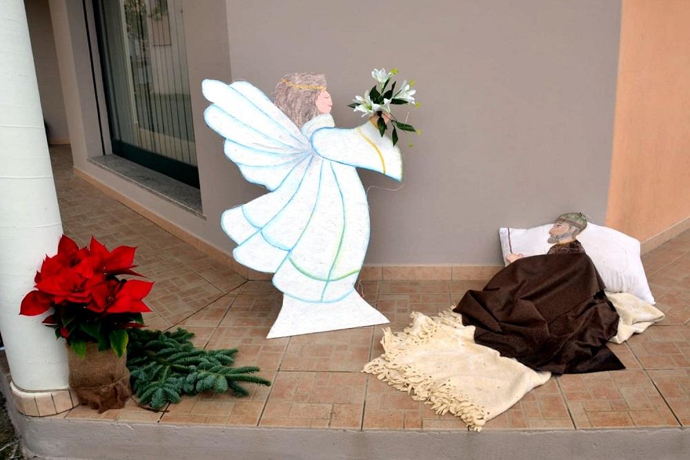 Presepe diffuso Villaspeciosa - l'apparizione in sogno dell'angelo a San Giuseppe