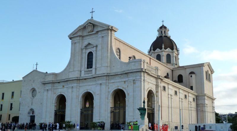 La Basilica Nostra Signora di Bonaria - © foto Luca Pes