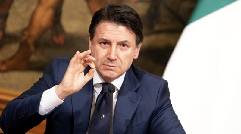 Palazzo Chigi, 10/04/2020 - Il Presidente del Consiglio, Giuseppe Conte, in conferenza stampa