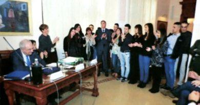 """Gli studenti della V D dell'Istituto Tecnico """"Enrico Mattei"""" di Decimomannu premiati a Sassari"""