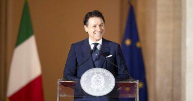 Palazzo Chigi, 16/05/2020 - Il Presidente del Consiglio, Giuseppe Conte, illustra in conferenza stampa le misure per il contenimento dell'emergenza epidemiologica da Covid-19 a partire dal 18 maggio.